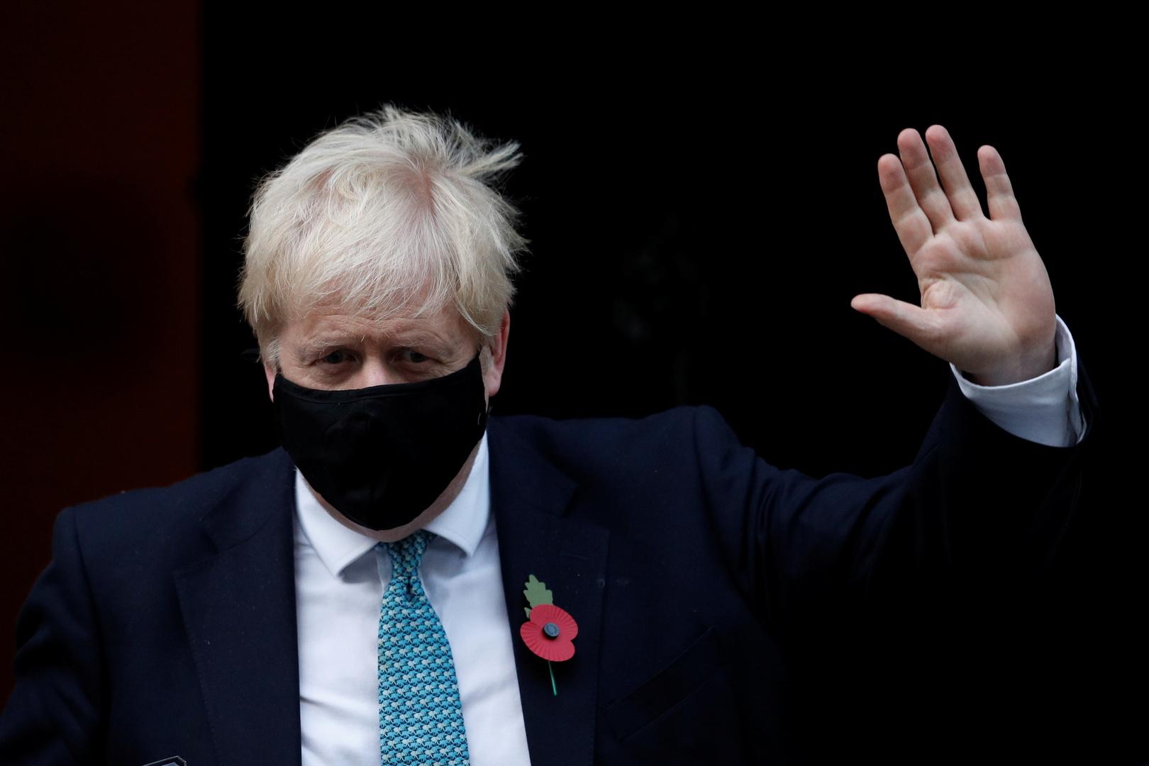 جونسون يعلن إغلاقا عاما في بريطانيا على خلفية تفشي كورونا