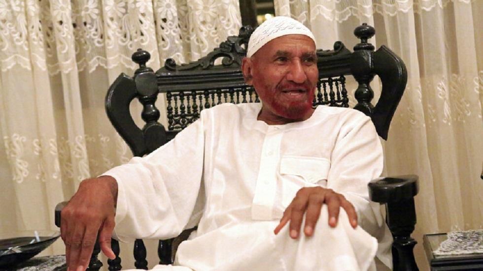 مصادر: وفاة الصادق المهدي بكورونا في الإمارات