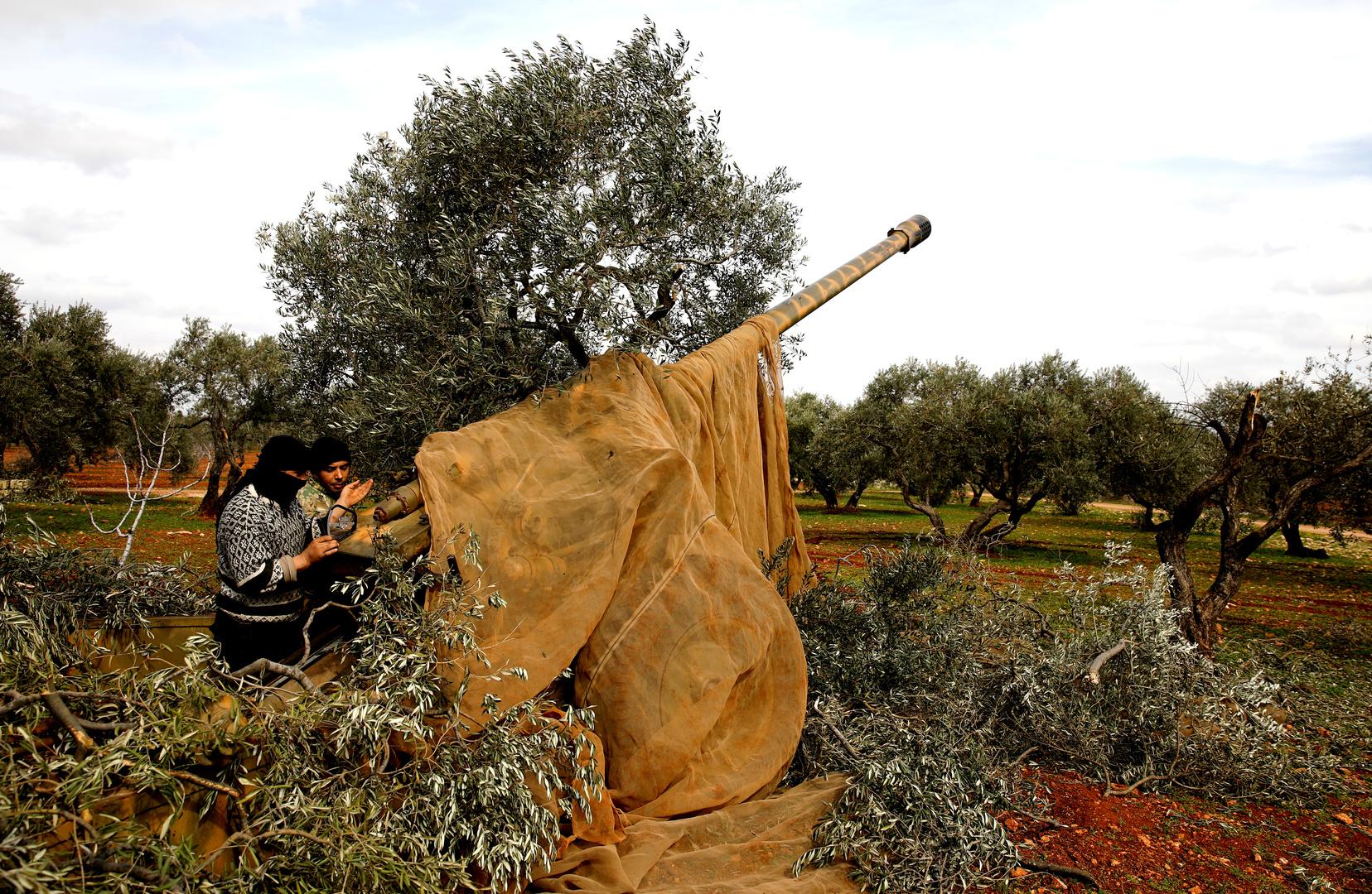 مسلحون في إدلب بسوريا (صورة من الأرشيف)