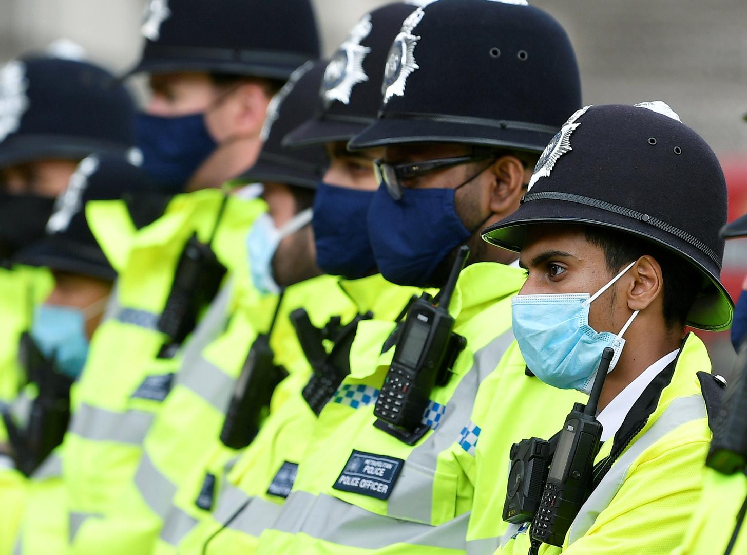 الشرطة البريطانية: لا نمتلك الموارد اللازمة للقيام بدوريات للتأكد من الالتزام بالإقفال العام