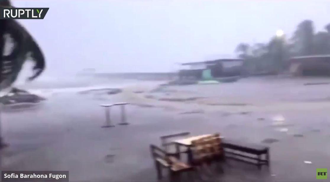 بعد نيكاراغوا.. إعصار إيتا يضرب هندوراس