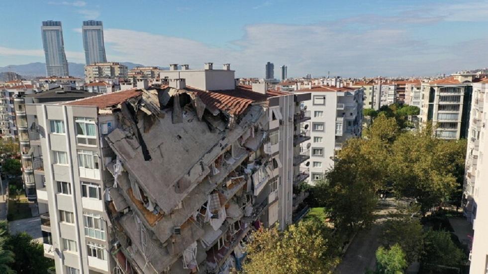تركيا تكشف عواقب زلزال إزمير
