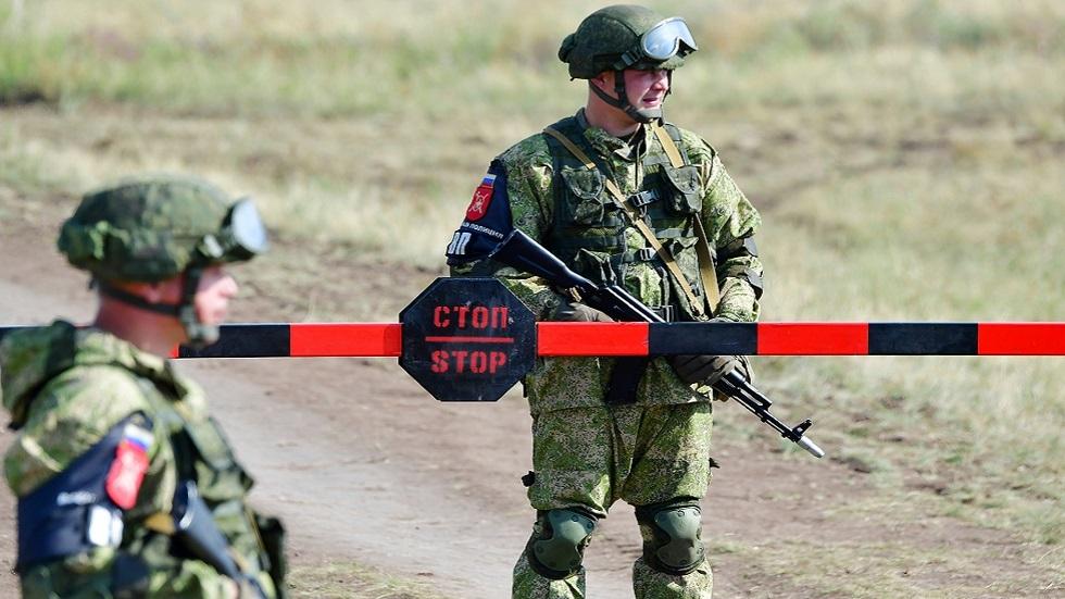 3 قتلى بإطلاق نار في مطار عسكري وسط روسيا