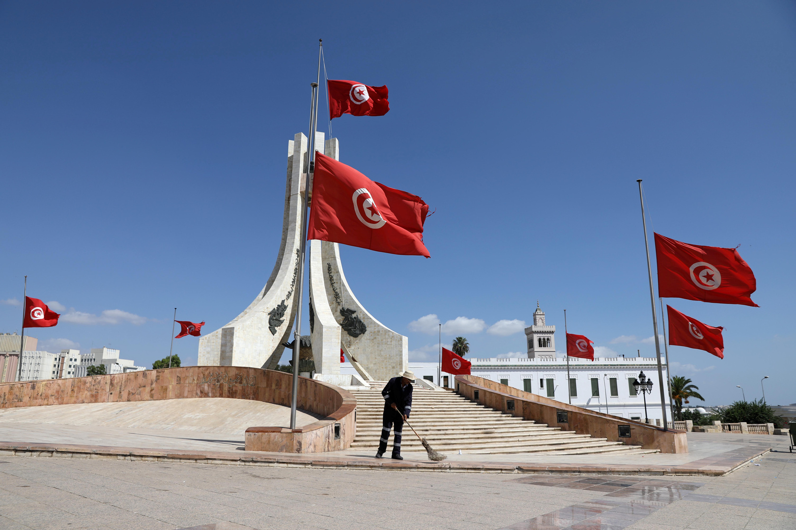 الرئيس التونسي في افتتاح منتدى الحوار الليبي: الحل لا يمكن أن يكون إلا ليبيا خالصا
