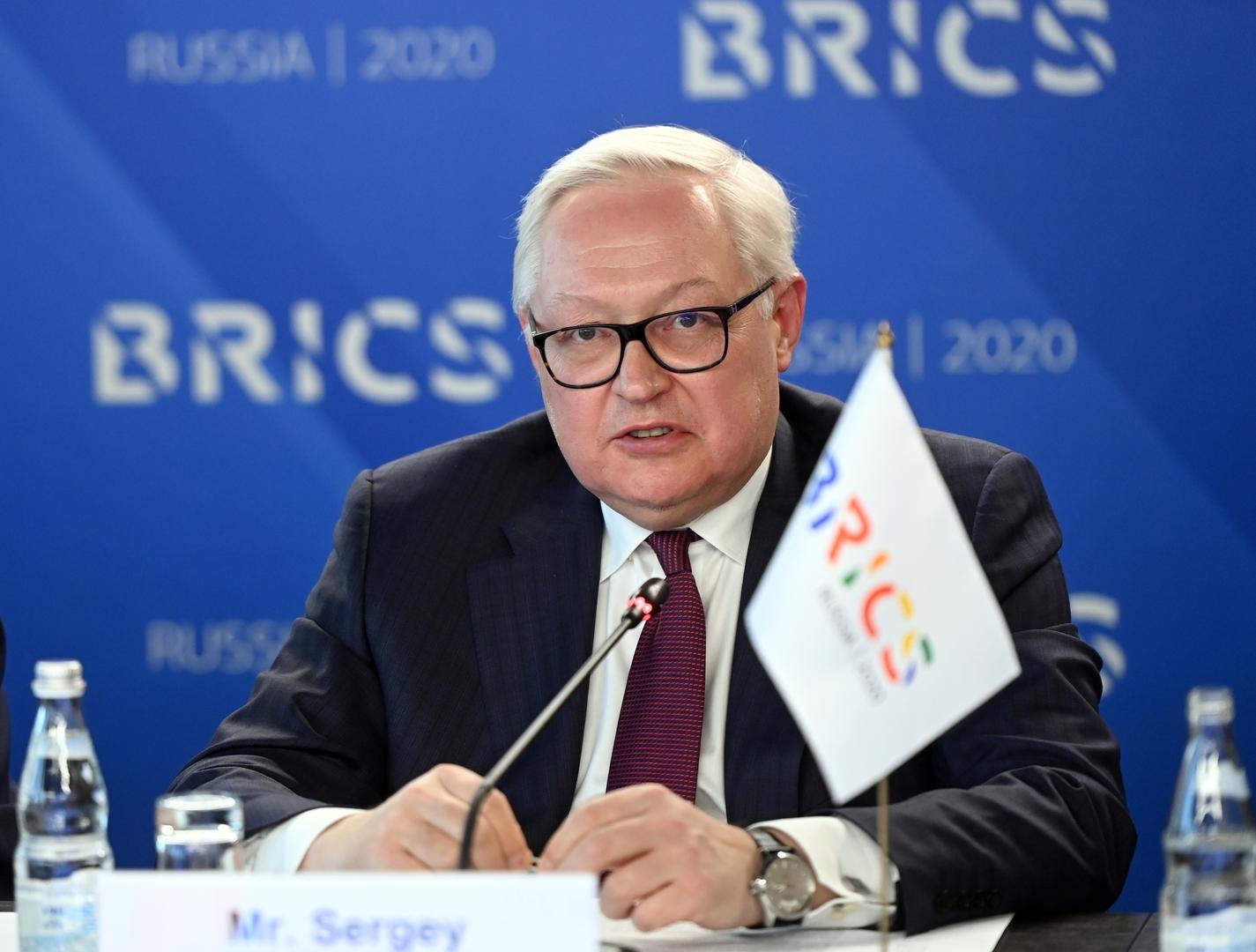وزارة الخارجية الروسية تتحدث عن التعاون في مجال اللقاحات مع الهند والبرازيل