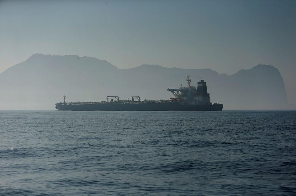 عدد كبير من الناقلات يبحر صوب فنزويلا في مؤشر محتمل على انتعاش صادرات النفط