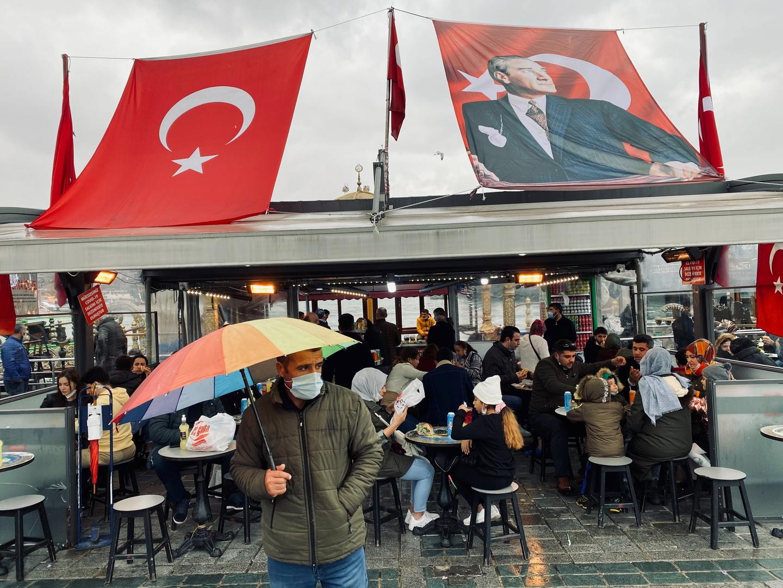 تركيا.. حظر التدخين في الأماكن العامة بسبب كورونا