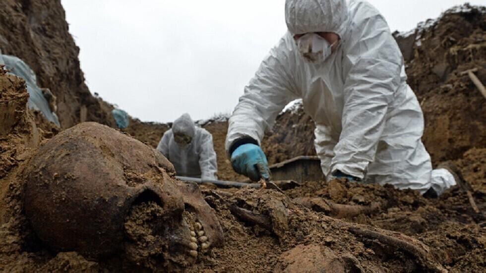 العثور على مقابر قديمة نادرة عمرها 1800 عام لها شكل هرمي غير عادي في الصين