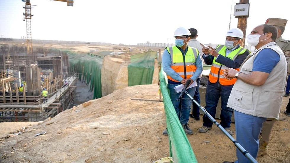 السيسي يتفقد مدينة مصر الدولية للألعاب الأولمبية في العاصمة الإدارية