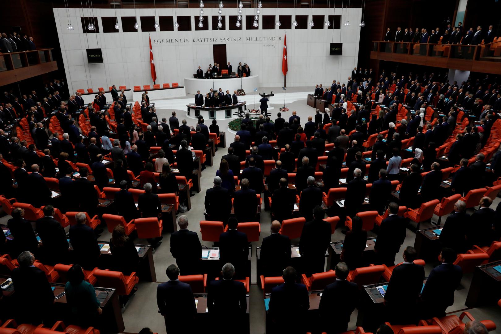 الرئاسة التركية تعرض على البرلمان مذكرة لإرسال قوات إلى أذربيجان