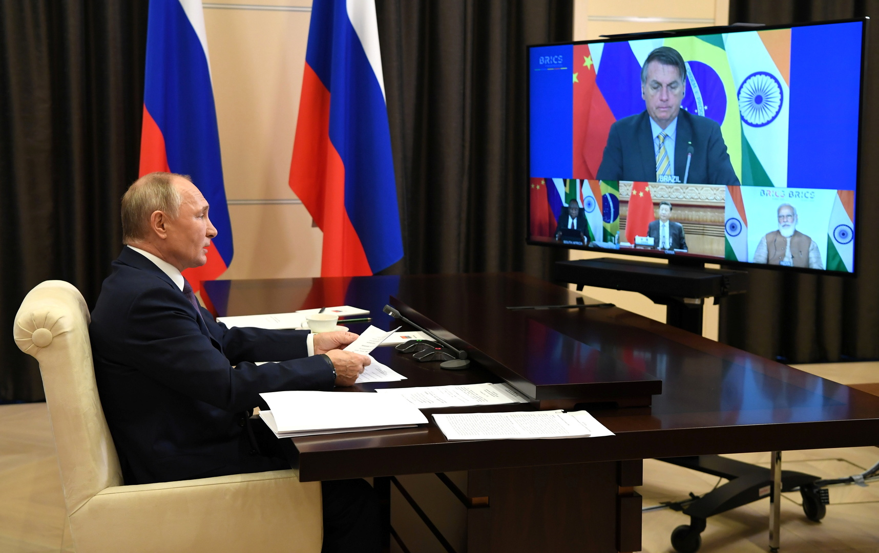 الرئيس الروسي فلاديمير بوتين خلال قمة