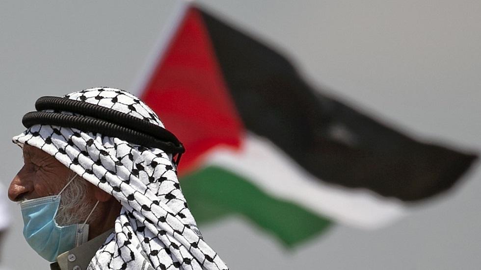 السلطة الفلسطينية تستأنف التنسيق مع إسرائيل بعد تراجع تل أبيب عن خطة الضم