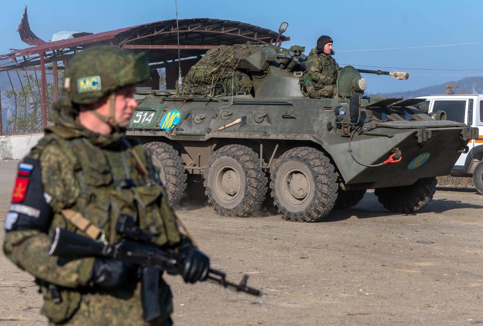 الدفاع الروسية: طيران الوزارة نفذ نحو 200 رحلة لنقل أفراد قوات حفظ السلام إلى قره باغ