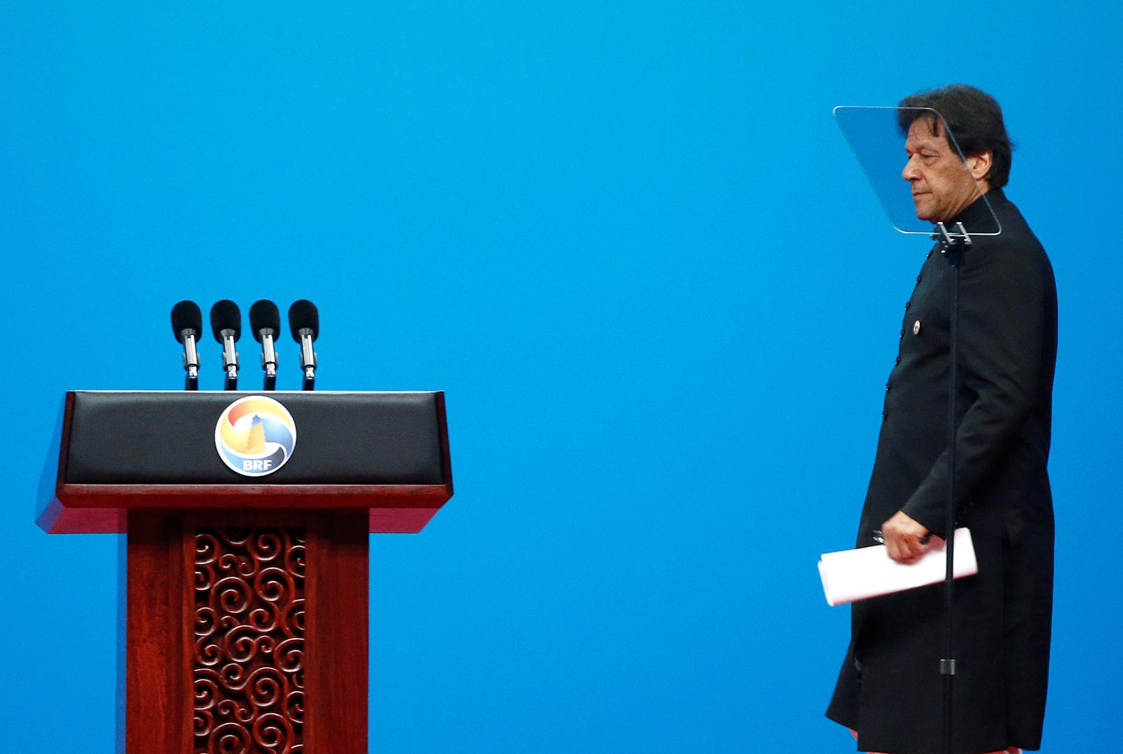 عمران خان في أفغانستان لأول مرة منذ توليه السلطة