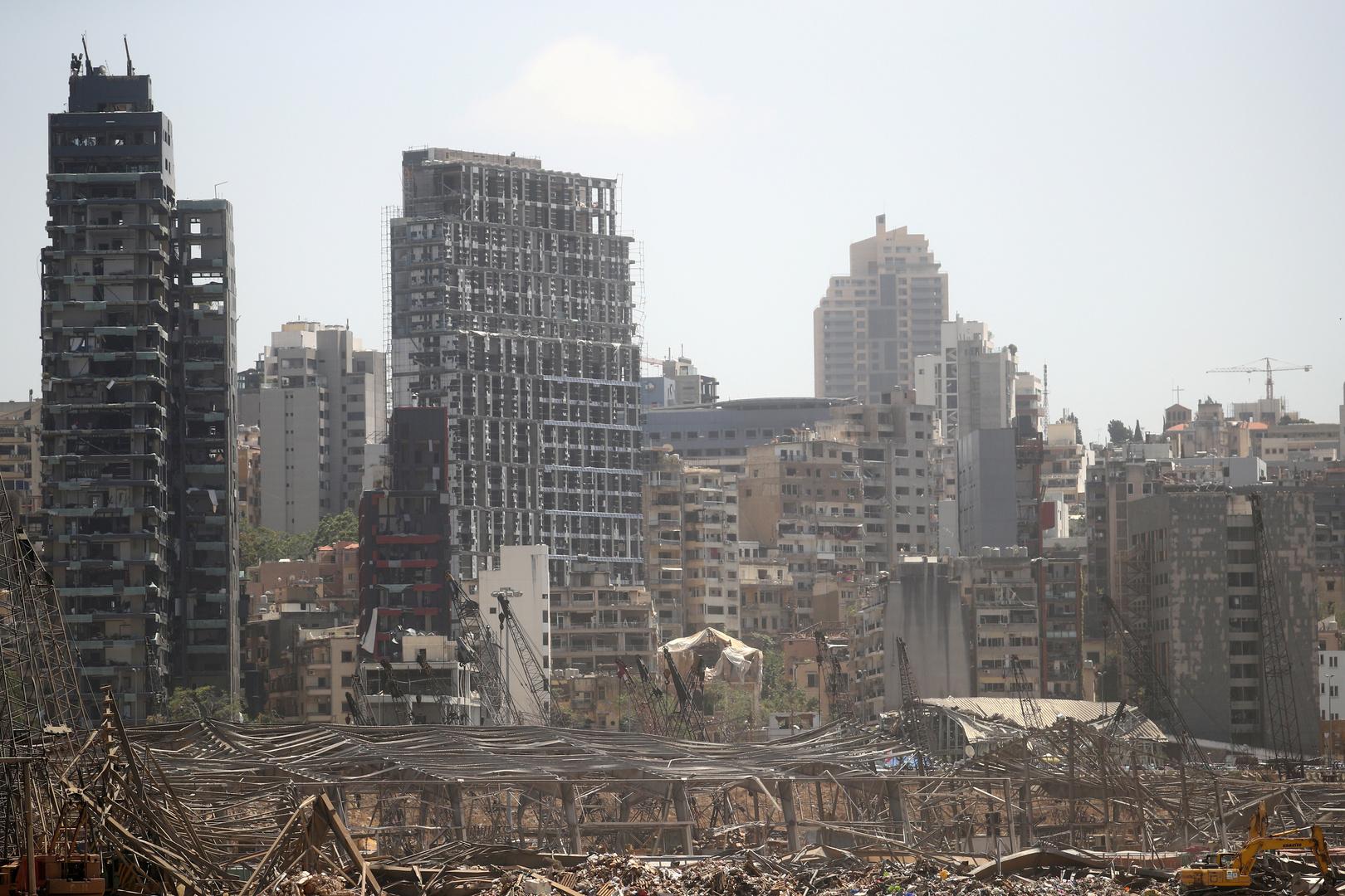 لماذا يتهم ماكرون اللبنانيين بالخيانة؟