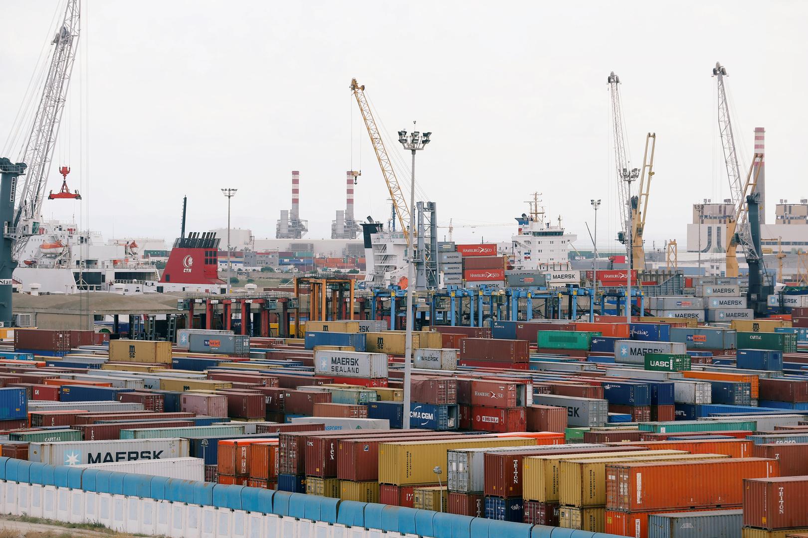 رئيس الحكومة التونسية السابق: لا علاقة لي بملف النفايات الإيطالية وسأقاضي كل من ينشر الشائعات