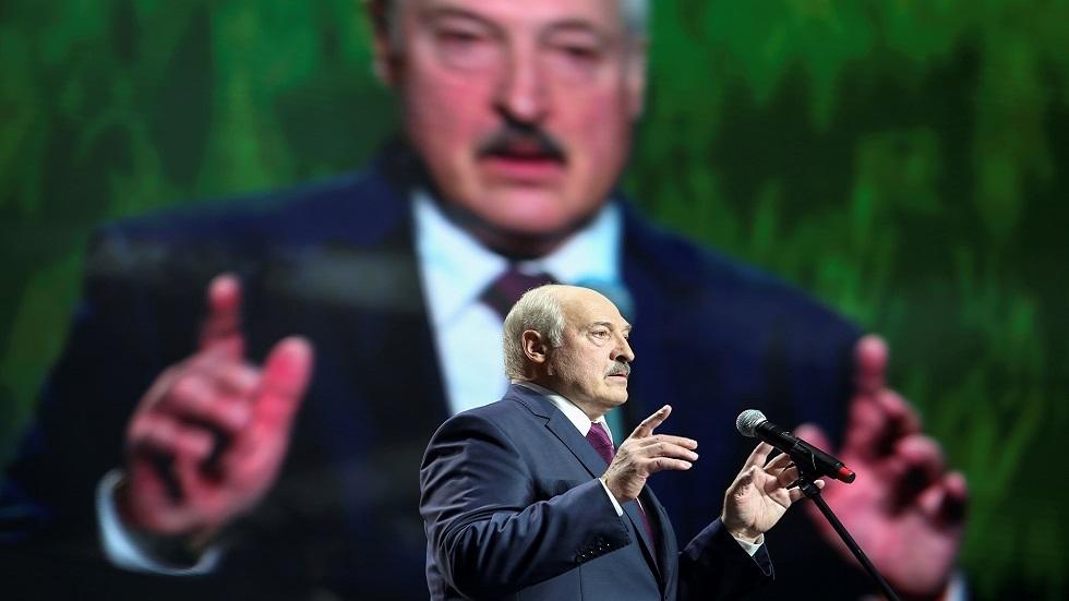 رئيس بيلاروس: أفنية مينسك قد تتحول إلى بؤر للحرب الأهلية