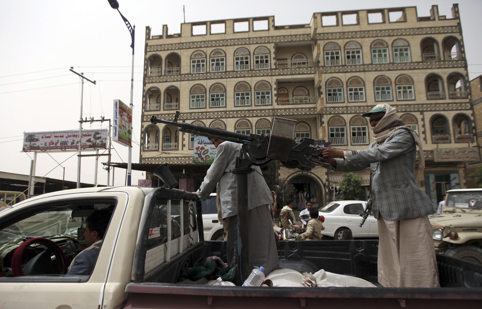 اليمن.. حركة أنصار الله تسيطر على معسكر ماس في محافظة مأرب