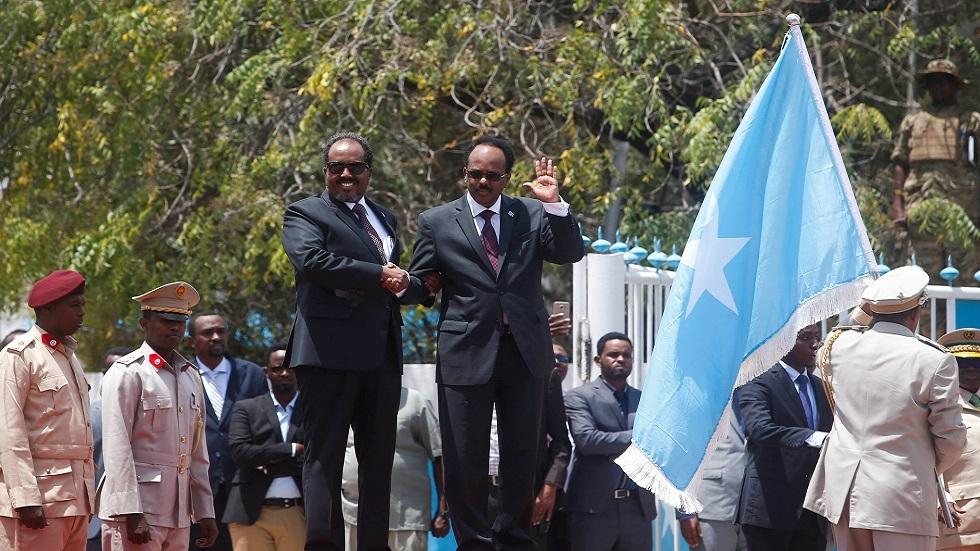 المرشحون للرئاسة الصومالية يحذرون من مخاطر محدقة بحرية الانتخابات