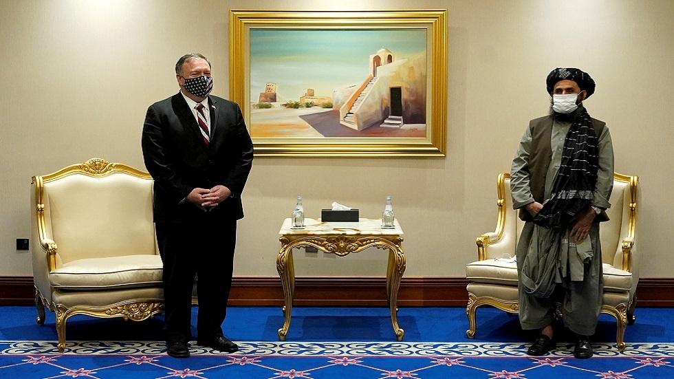 بومبيو في قطر يدعو