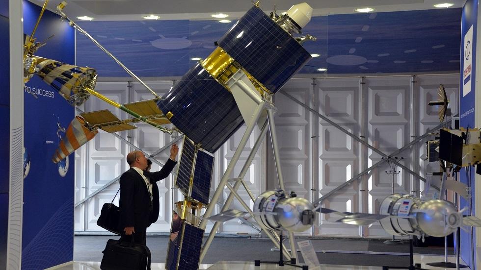 نموذج لأحد أقمار Gonets-M الصناعية الروسية