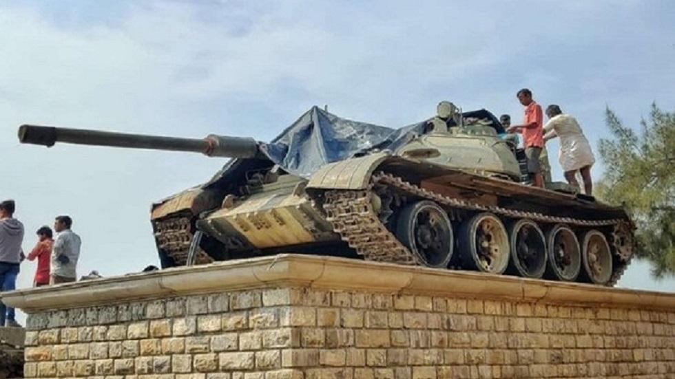 تمثال الدبابة