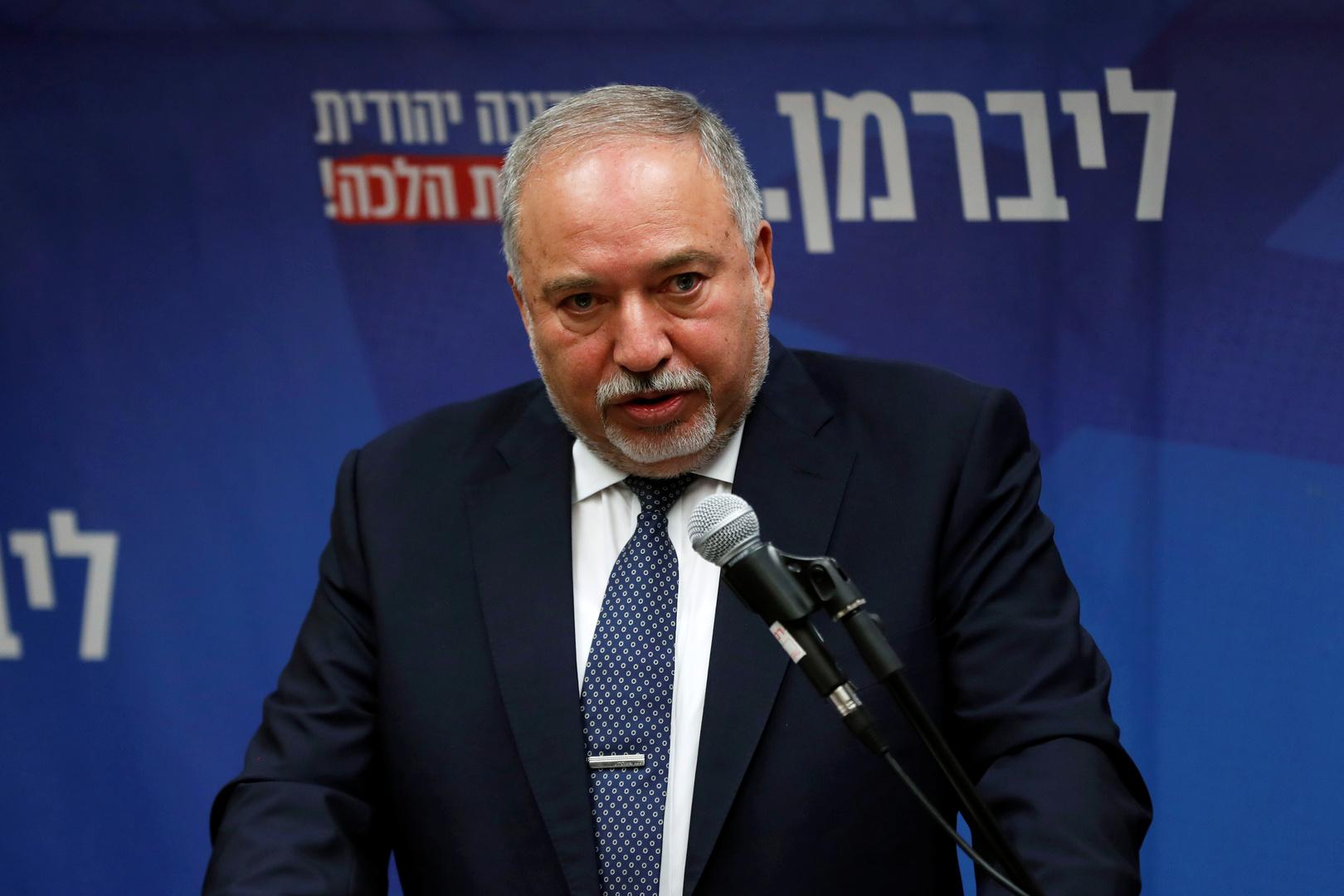 ليبرمان: حماس تطور صواريخ وطائرات مسيرة بمحركات نفاثة في غزة