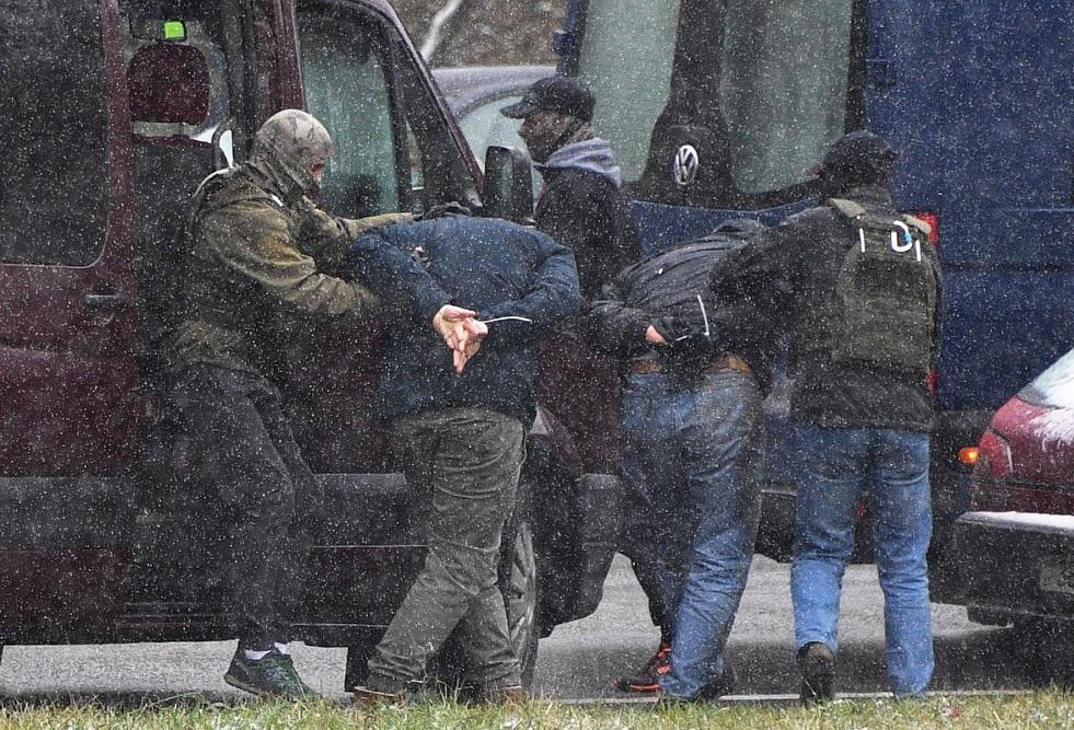 اعتقال نحو 250 شخصا خلال احتجاجات في مينسك
