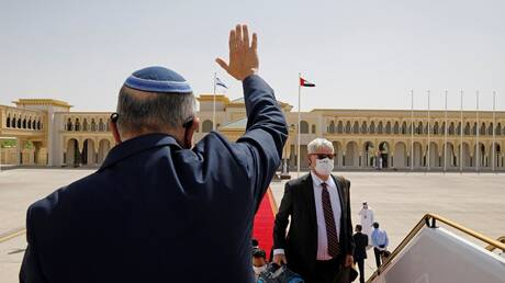 إسرائيل.. تحذيرات من زيارة الإمارات والبحرين إثر اغتيال العالم النووي الإيراني