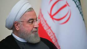 روحاني يدعو الإيرانيين إلى الالتزام بالإرشادات الصحية لخفض الضغط على المستشفيات