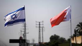 وفد بحريني برئاسة وزير الصناعة والتجارة يزور إسرائيل