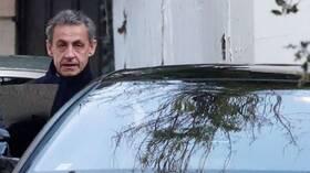 ساركوزي ينفي أمام محكمة تهم الفساد