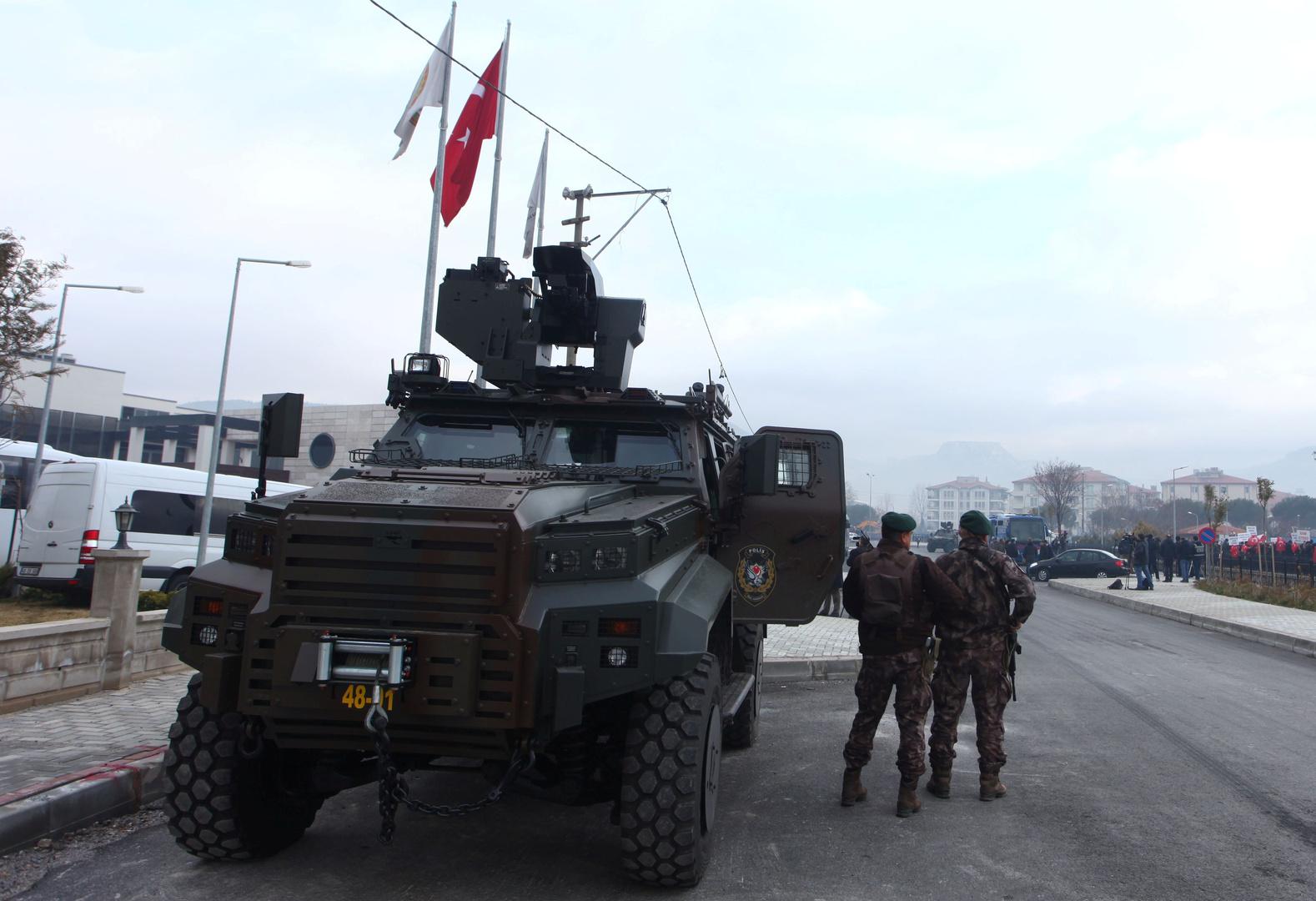 تركيا تأمر باحتجاز أكثر من 80 عسكريا في عملية تستهدف أنصار غولن