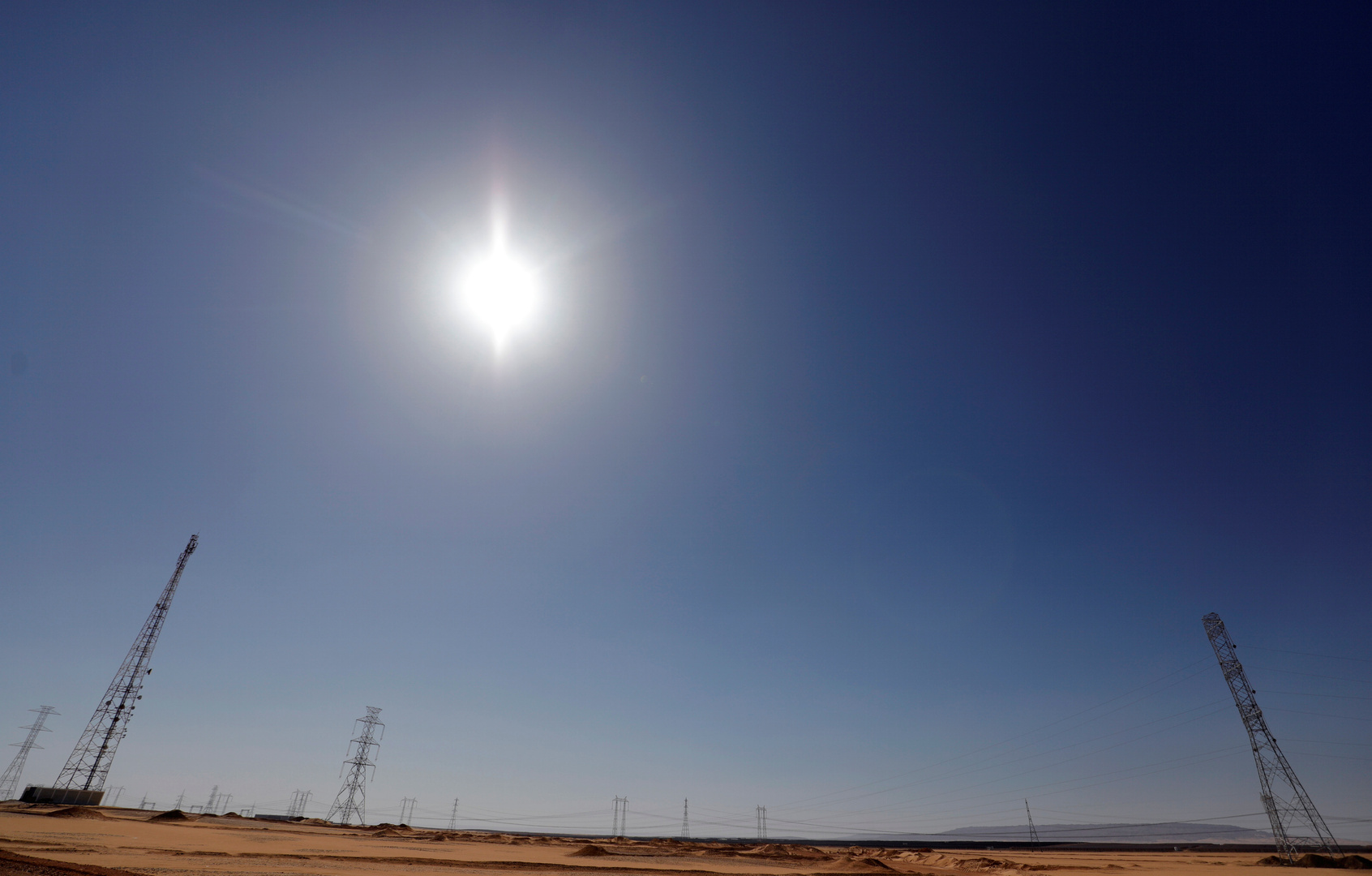 مصر تسعى لامتلاك شبكة كهربائية الأولى من نوعها في الشرق الأوسط
