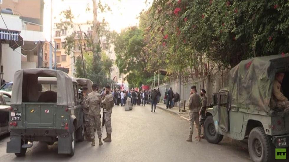 اعتصام في بيروت لمواطنين ونشطاء بالحراك