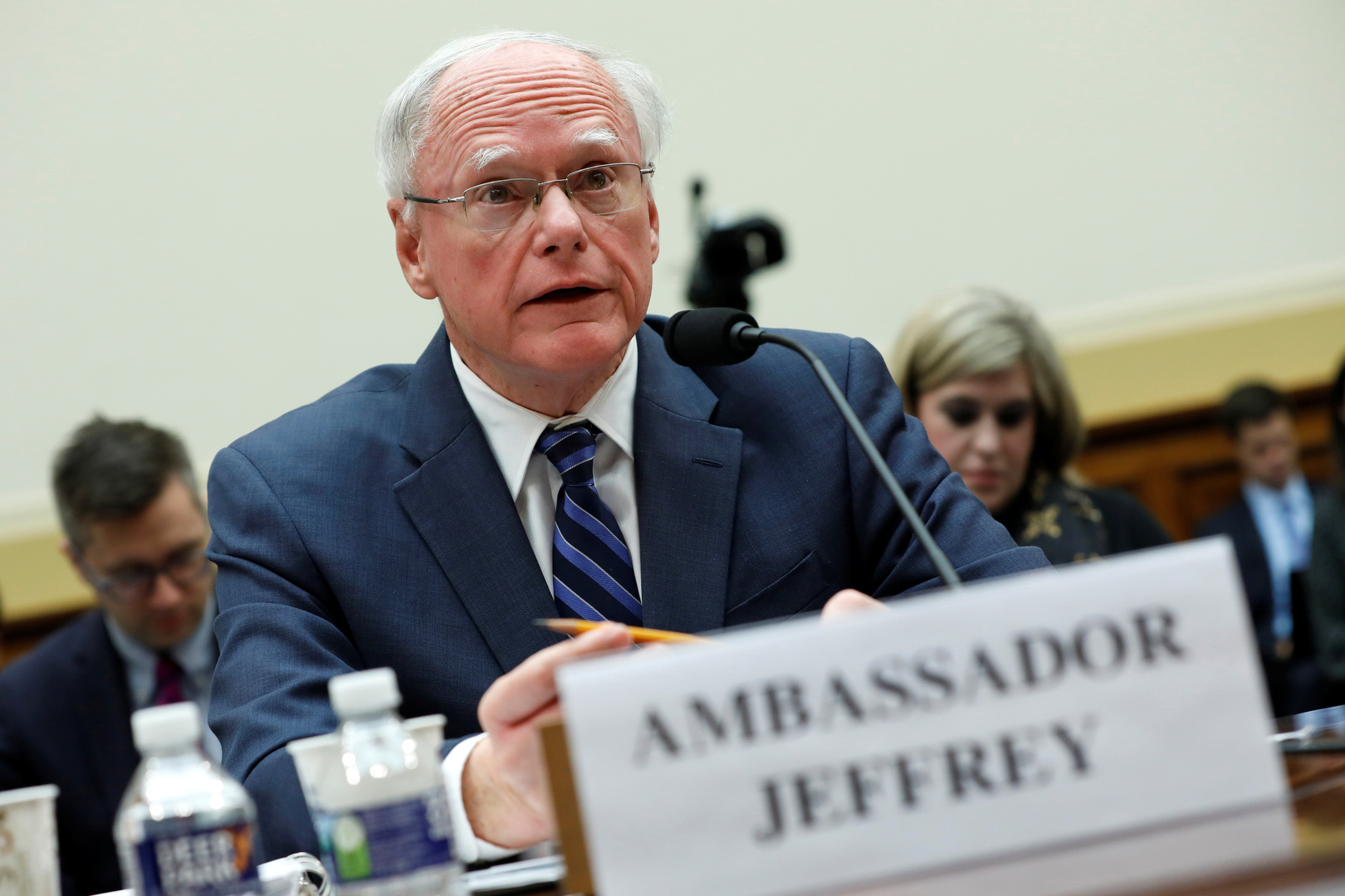 جيفري: أمريكا وتركيا في سوريا تمنعان الأسد من كسب الأرض ولإسرائيل دور سري كبير في محاربة