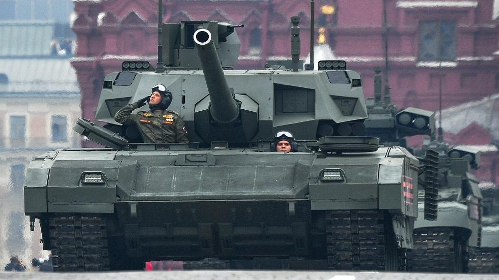 الجيش الروسي يتسلم دفعات من دبابات