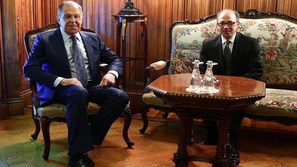 وزير الخارجية الروسي سيرغي لافروف خلال محادثات مع نظيره الأرمني آرا أيفازيان في موسكو