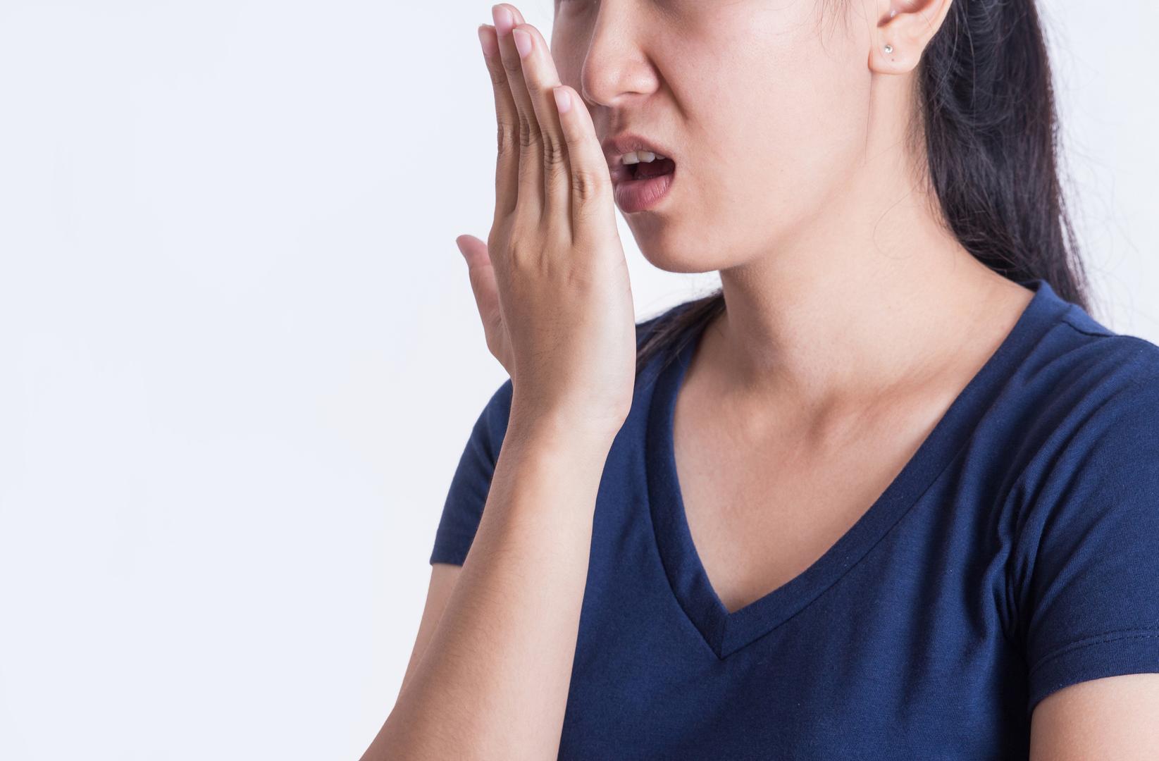 هل رائحة الفم الكريهة دليل على الإصابة بمرض السكري؟