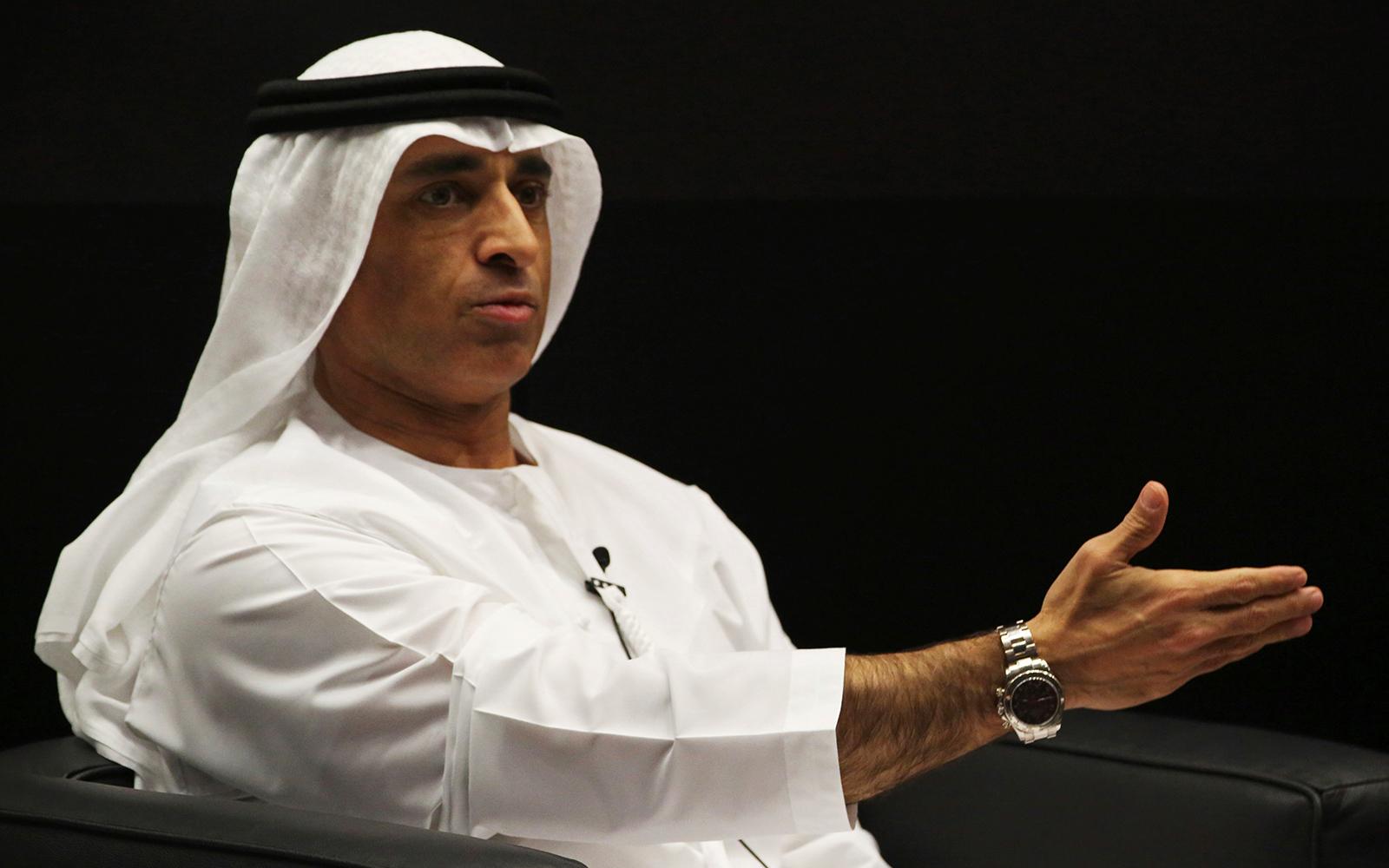سفير الإمارات لدى واشنطن متسائلا: لماذا مسموح لإيران وممنوع علينا؟