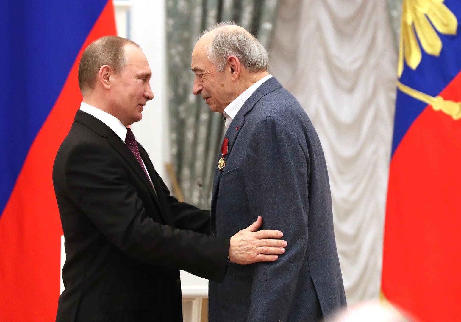 وفاة الفنان الروسي المشهور فالنتين غافت