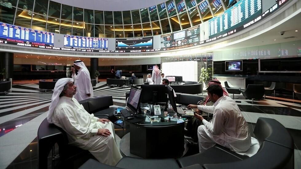 أسواق الخليج الرئيسية تغلق مستقرة وموجة مكاسب دبي تتوقف
