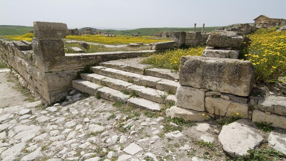 اكتشاف مذبح وثني عمره 1800 سنة