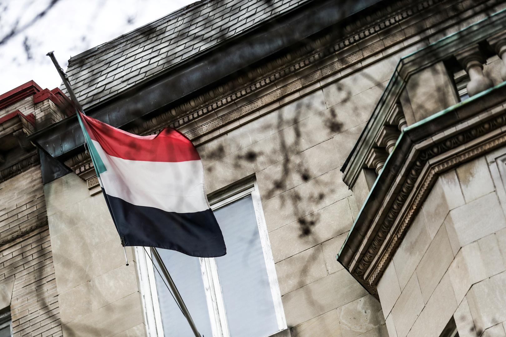 السودان: وزير الخزانة الأمريكي يصل البلاد الأربعاء