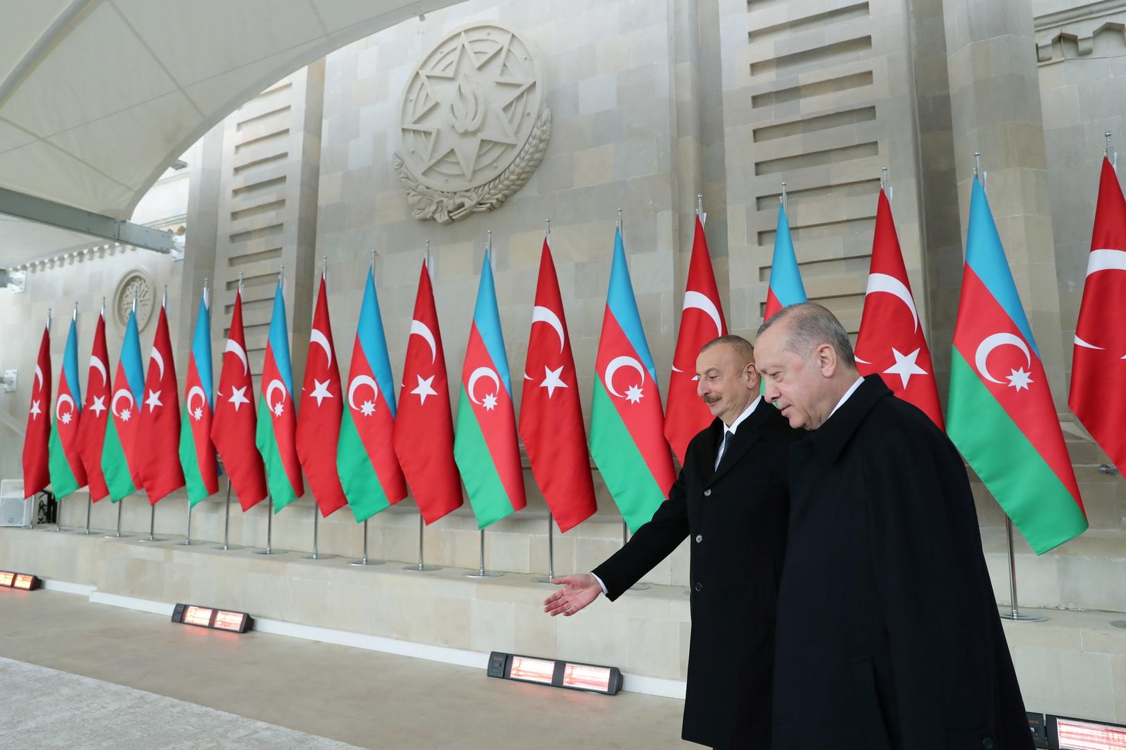 الرئيس التركي رجب طيب أردوغان والرئيس الأذربيجاني إلهام علييف