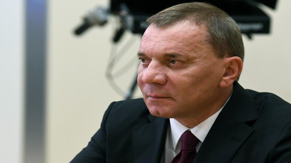 نائب رئيس الحكومة الروسية يشيد بأهمية التعاون الروسي الإماراتي في مجال الفضاء