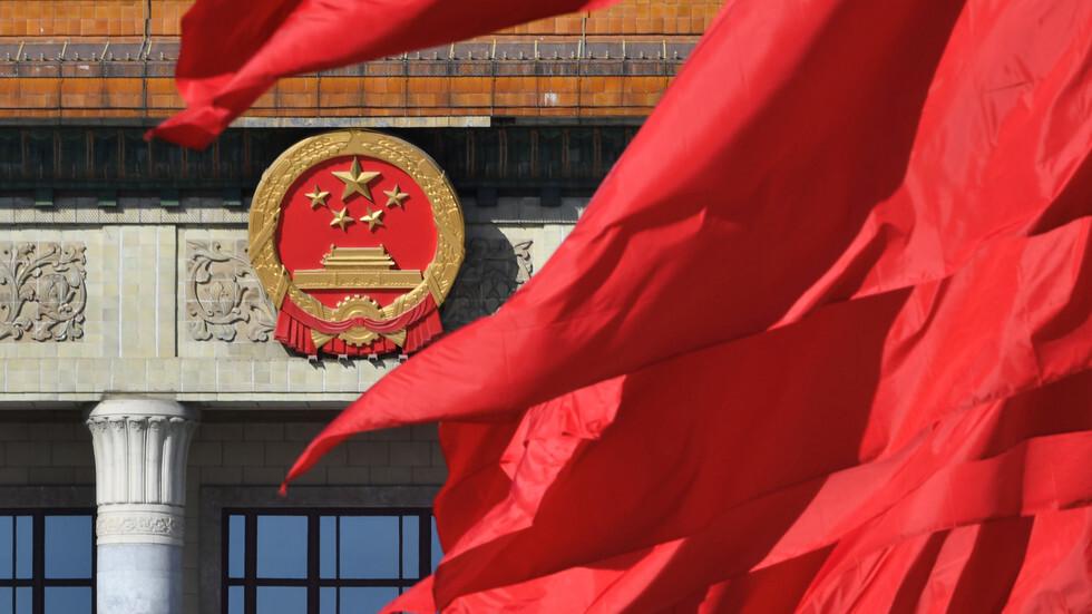 الخارجية الصينية ترد على الإدعاء بمشاركة أعضاء بالحزب الشيوعي الصيني في عمليات اختراق وتغلغل