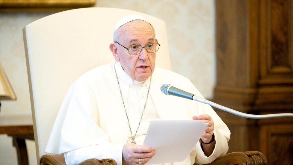 البابا فرنسيس: تحويل أموال التسلح لمكافحة كورونا يضمن توفير اللقاح للجميع
