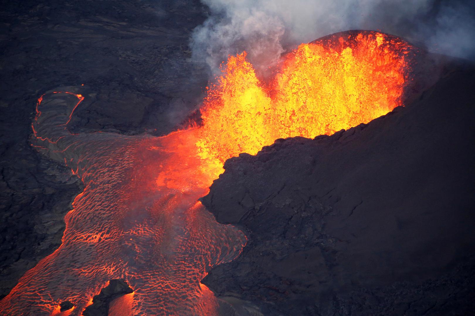 بركان كيلويا في جزر هواي في سنة 2018.