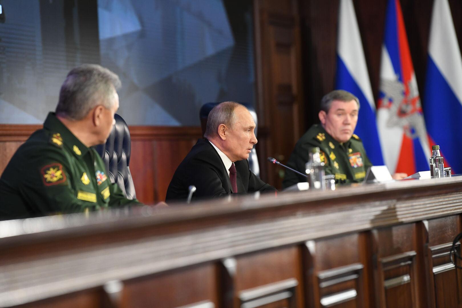 بوتين يكشف عن نسبة الأسلحة الحديثة في القوات المسلحة الروسية